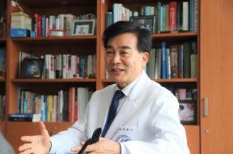 [인터뷰] 한국 현대의학 100년사에 개인으로 가장 크게 성공한 사람